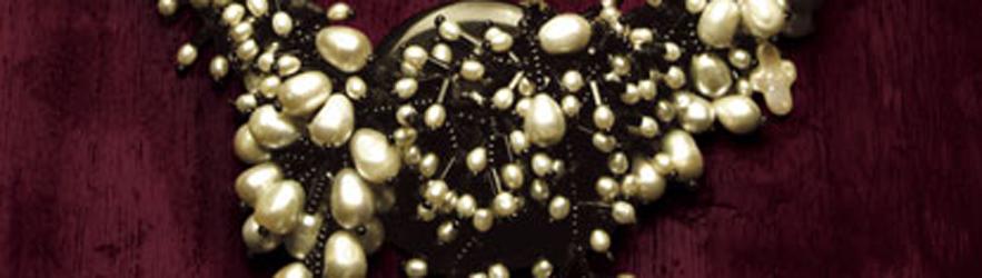 一串珍珠项链 A Pearl Necklace